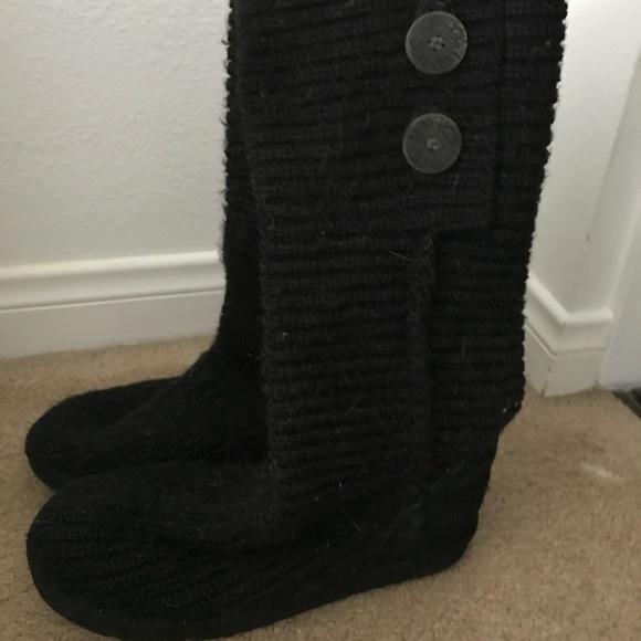 Black knit Ugg's size 9